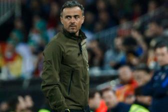 BẢN TIN 11/11: Cựu HLV Barca từ chối Arsenal