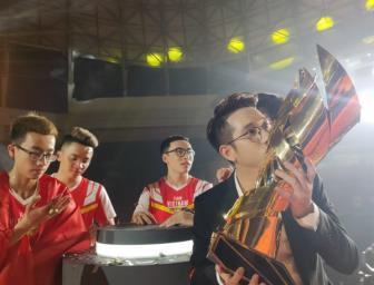 HLV Team Flash: Chúng tôi sẽ mang HCV SEA Games về cho Việt Nam
