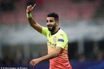 Mahrez oán trách Leicester cướp mất tuổi thanh xuân