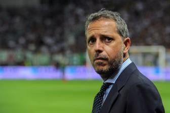 Sếp Juve tới Anh đàm phán chuyển nhượng với M.U