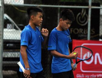 Tuấn Long và Hoàng Hiếu gây bất ngờ ở ngày 3 giải VTF Junior Tour 4